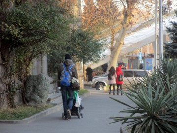 С ребенком в Тбилиси