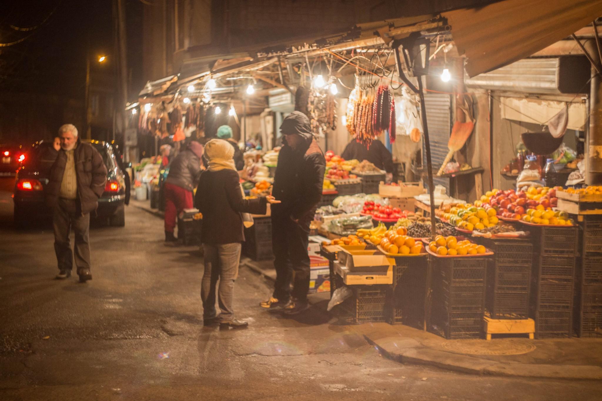 Торговля на улицах Тбилиси