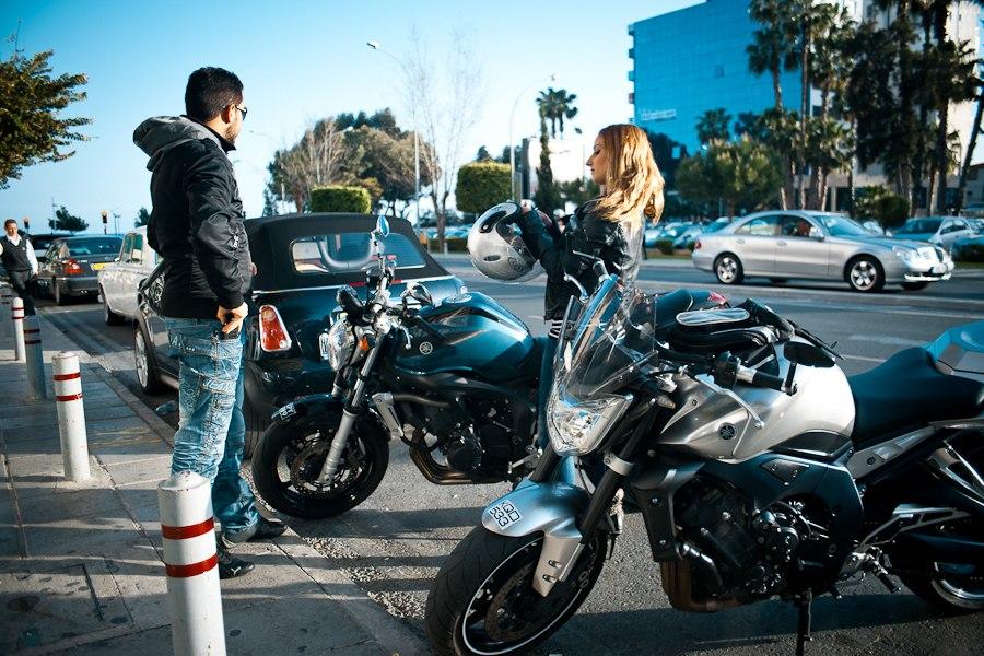 stoyanka-motociklistov