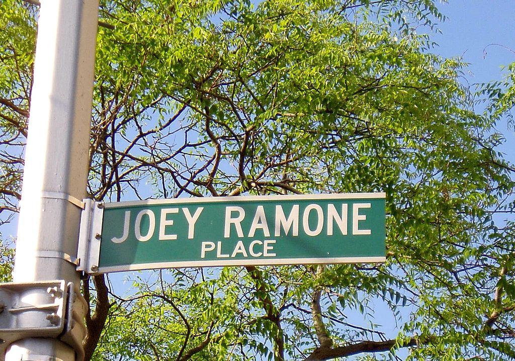 joey-ramone-place