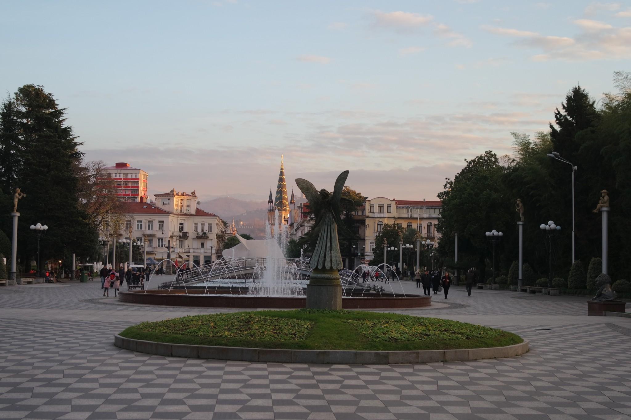 fontani-v-batumi