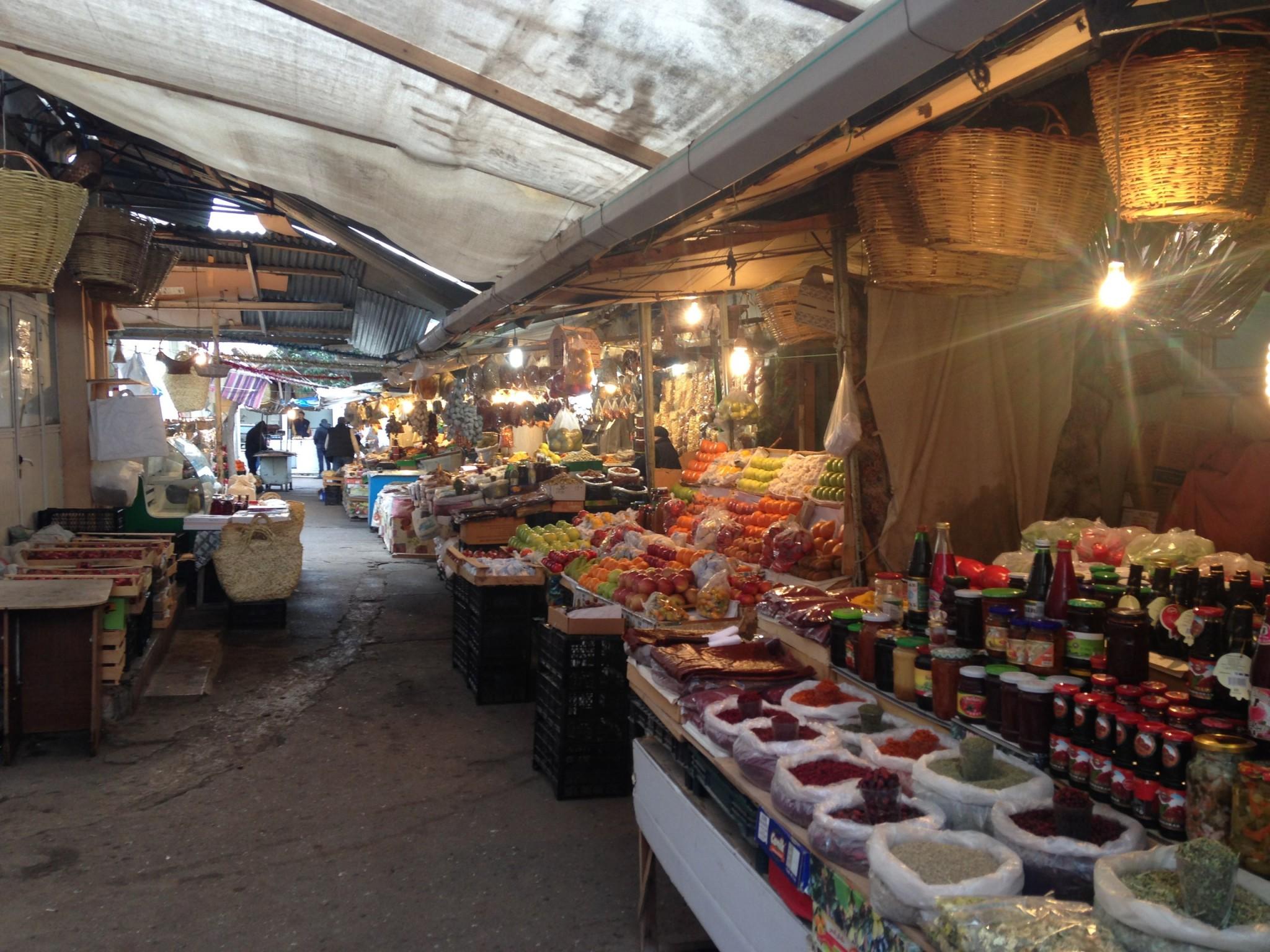 Ряды бакинского рынка
