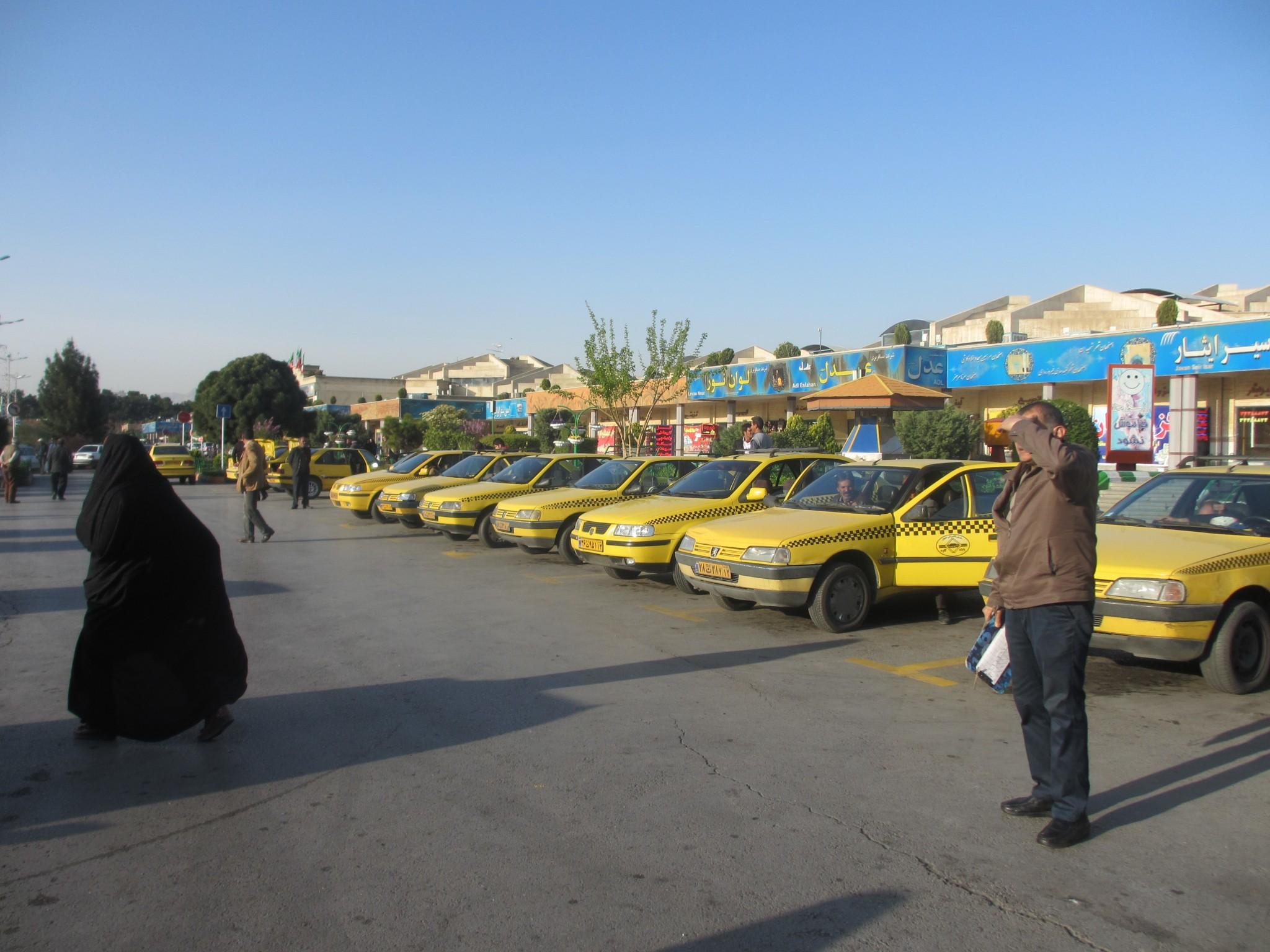taxi-v-irane