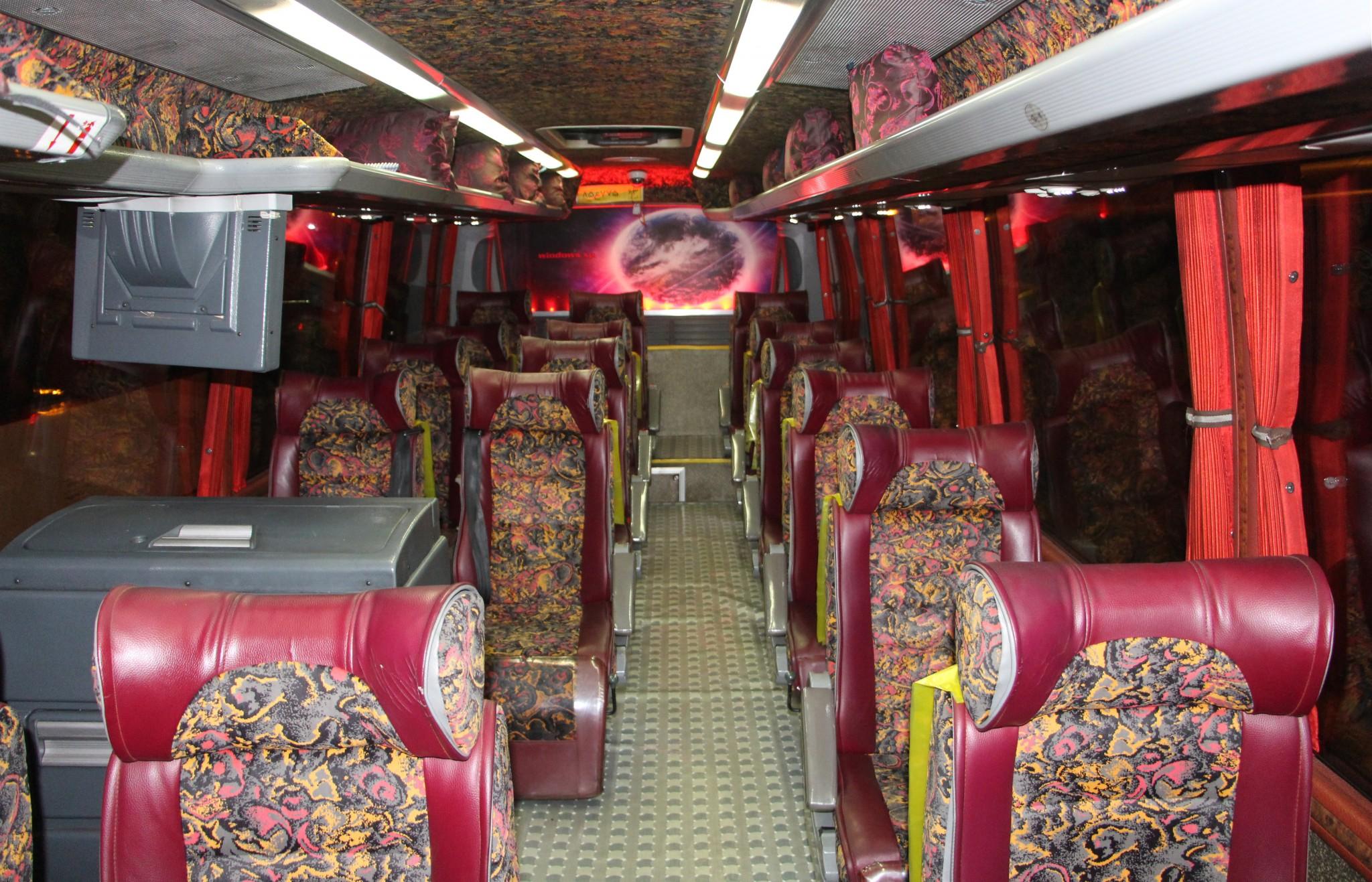 salon-iranskogo-avtobusa