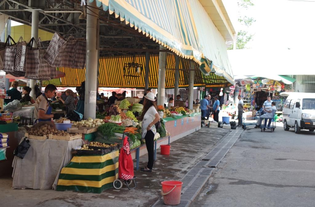 alayskiy-bazar-tashkent