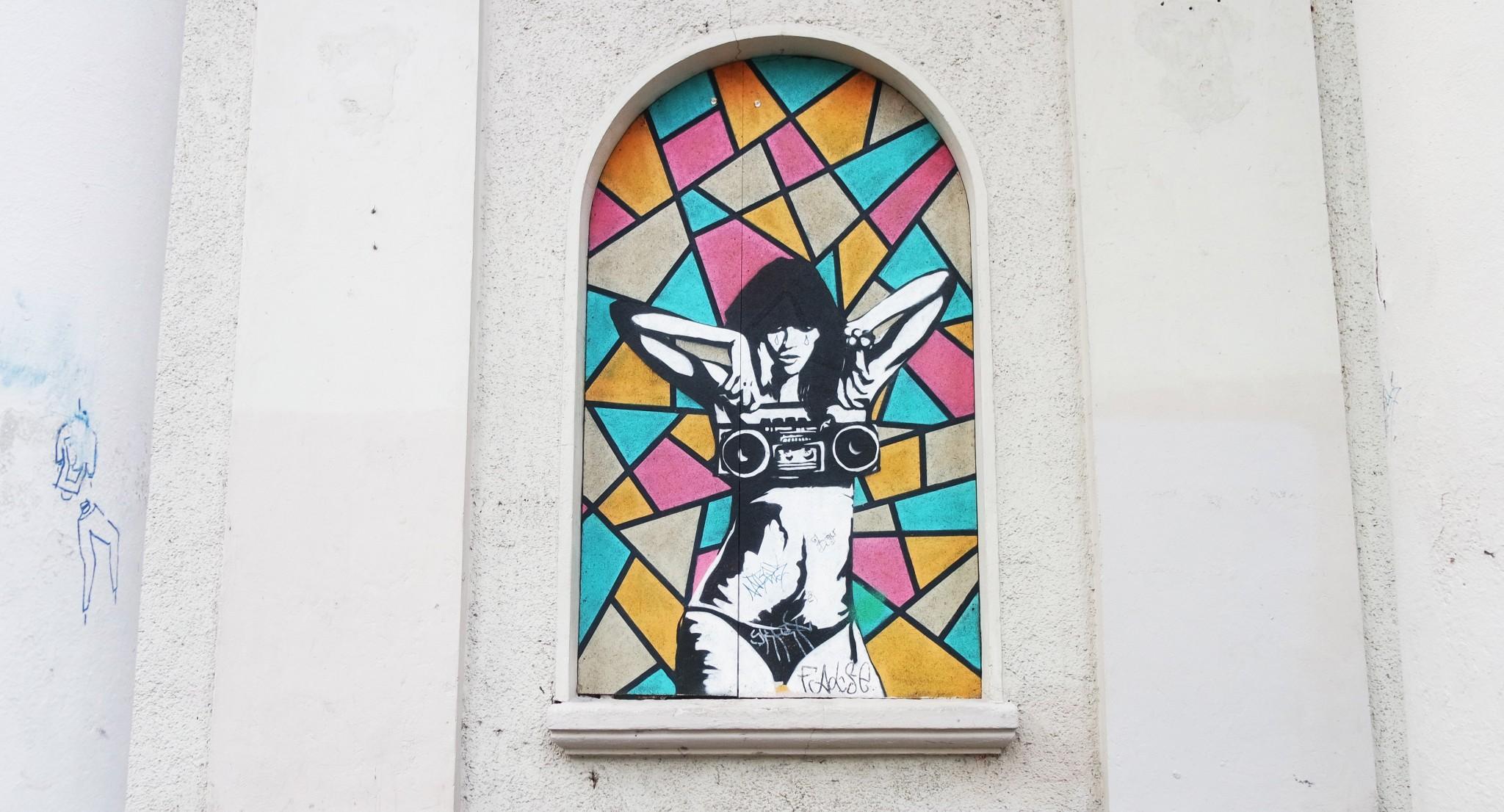 club-kablys-graffiti-music