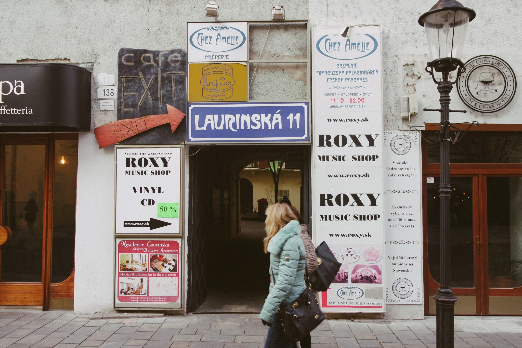 bratislava-bar-exit