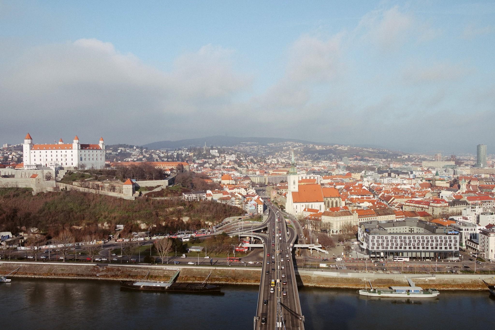 bratislava-vid-s-nlo