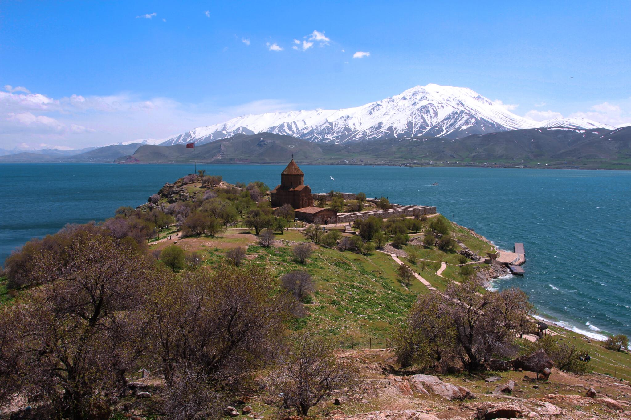 Восточная Анатолия: армянские древности, горные красоты и турецкий Курдистан