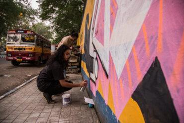 Индийский стрит-арт — в Смоленске, Москве, Казани: офлайн-показы новой документалки «Пассажира» (внутри даты и новый трейлер)