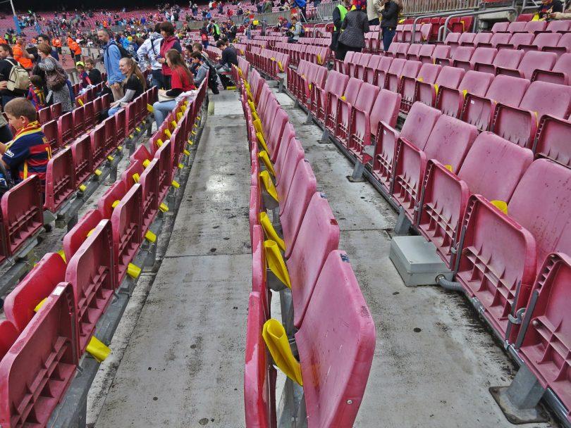 tribuna-stadiona-kamp-nou