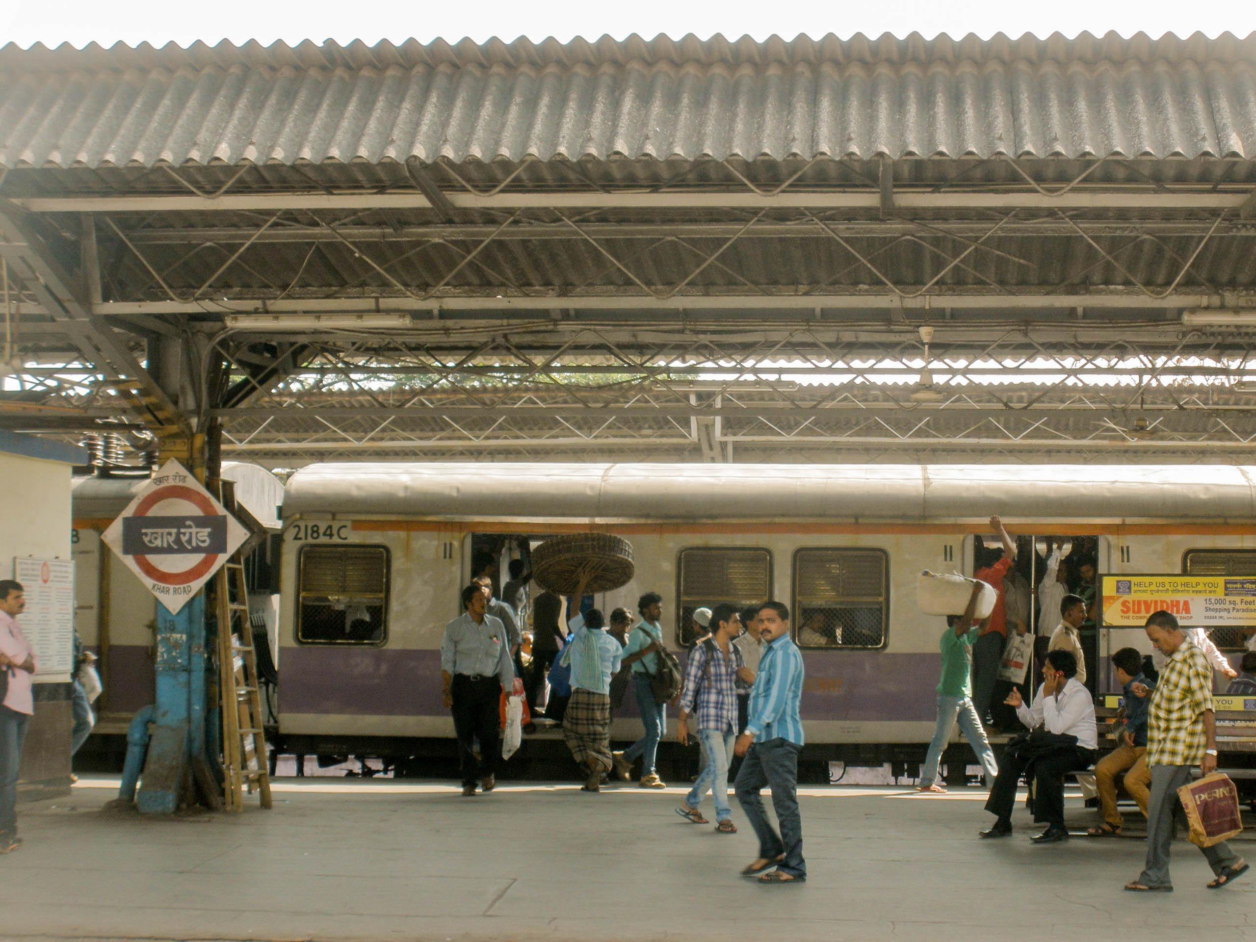 zhd-stancia-v-mumbai