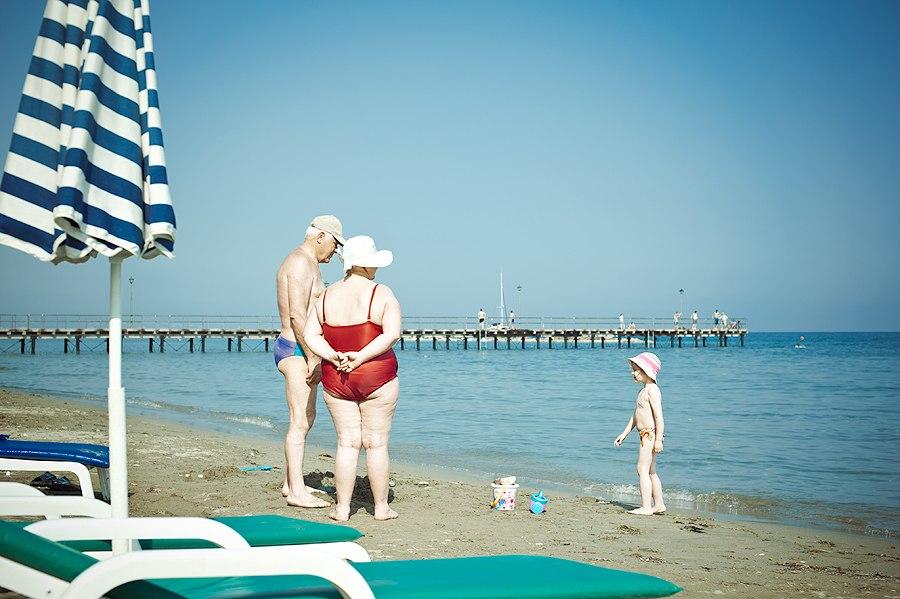 na-plazhe-limasola