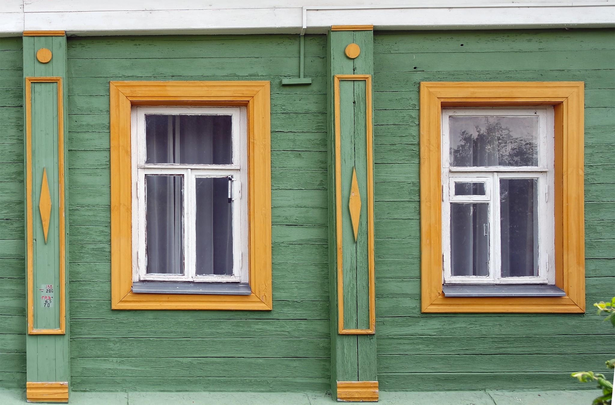 okna-v-kolomenskom-kremle