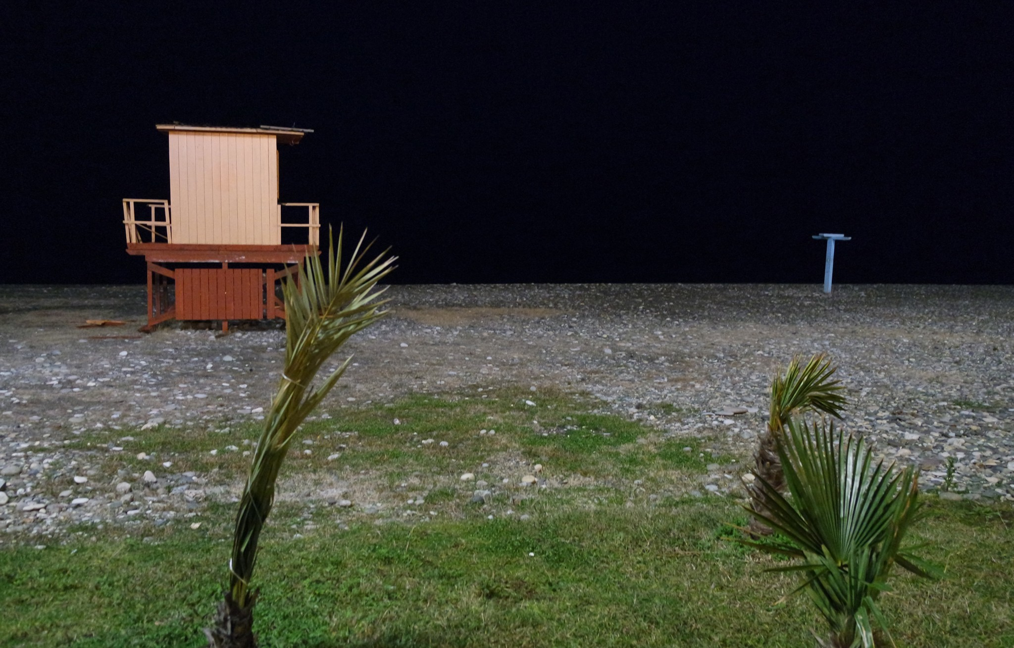 plazh-batumi-nochju