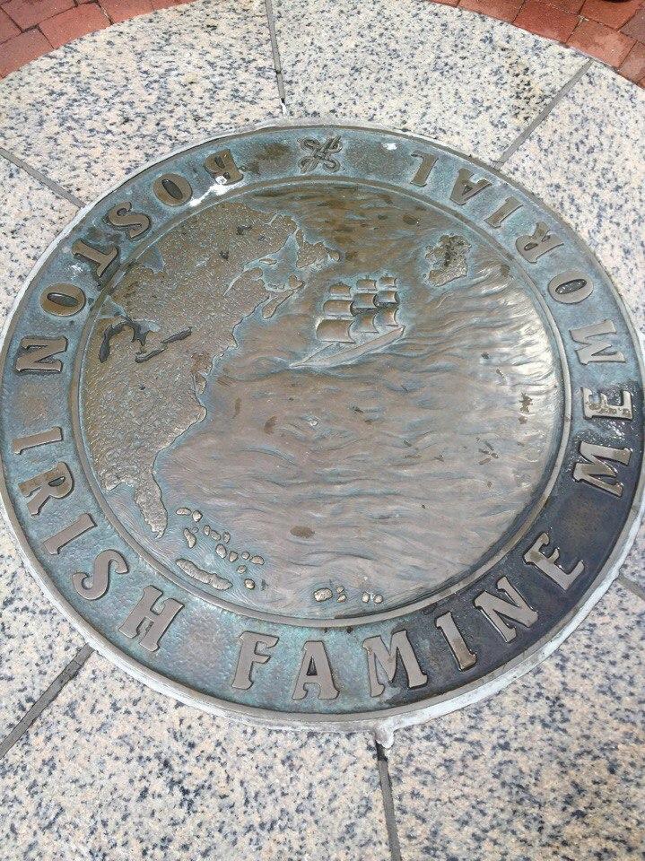 memorial-irlandskomu-golodomoru-v-bostone