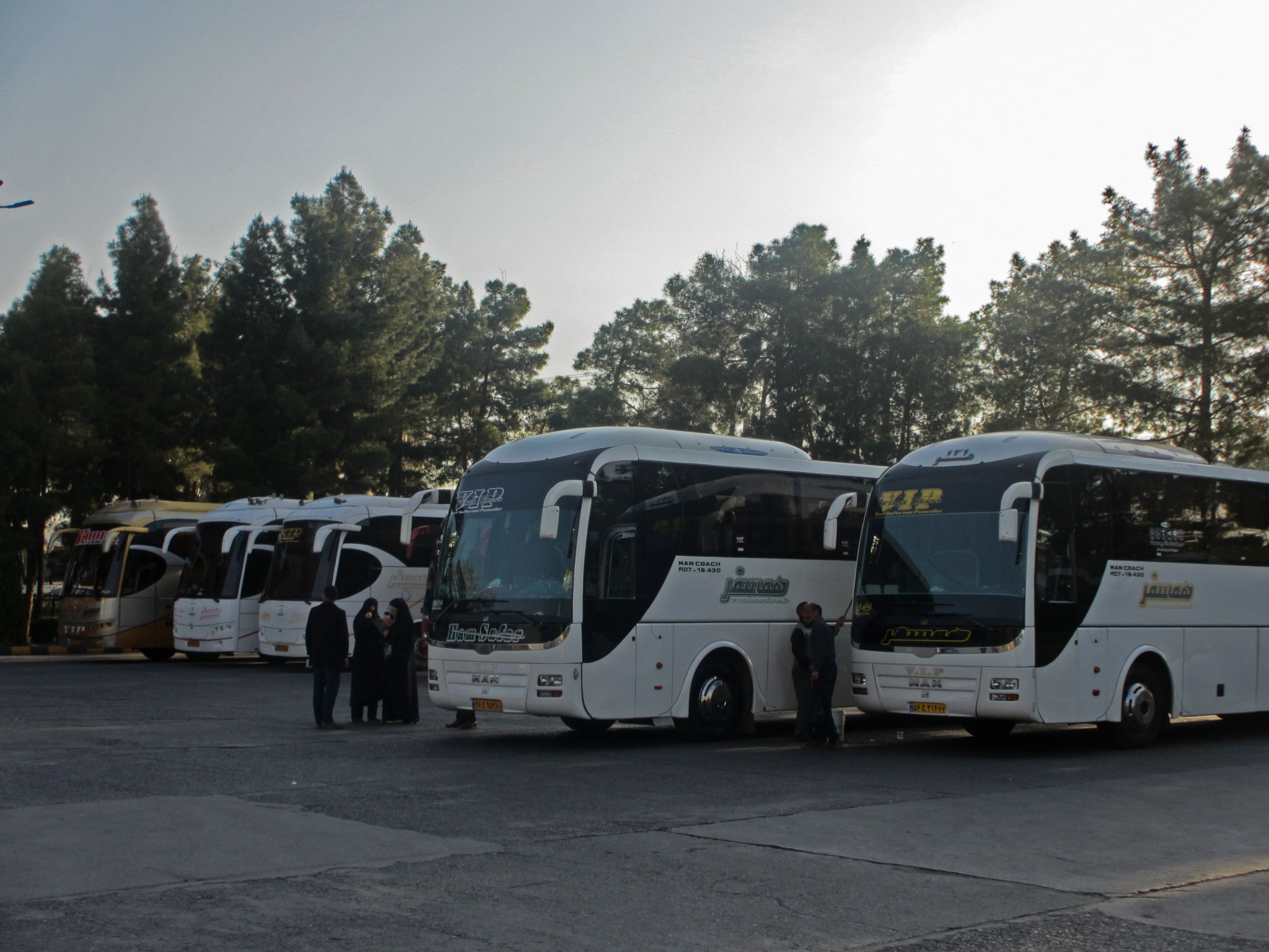 avtobusi-na-avtovokzale-irana