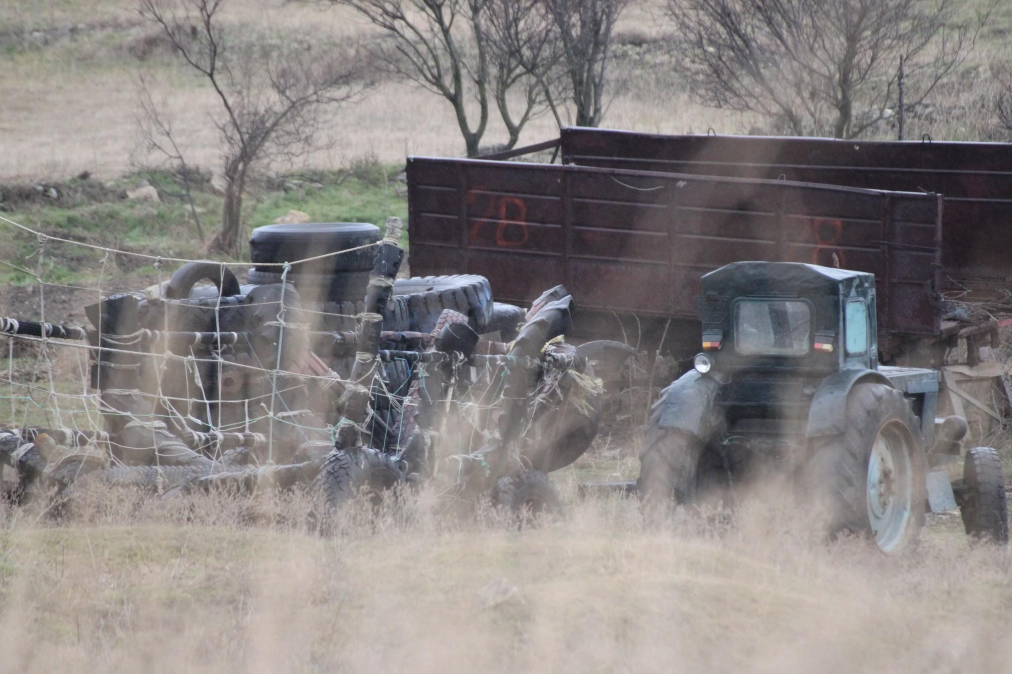 traktor-v-krimu