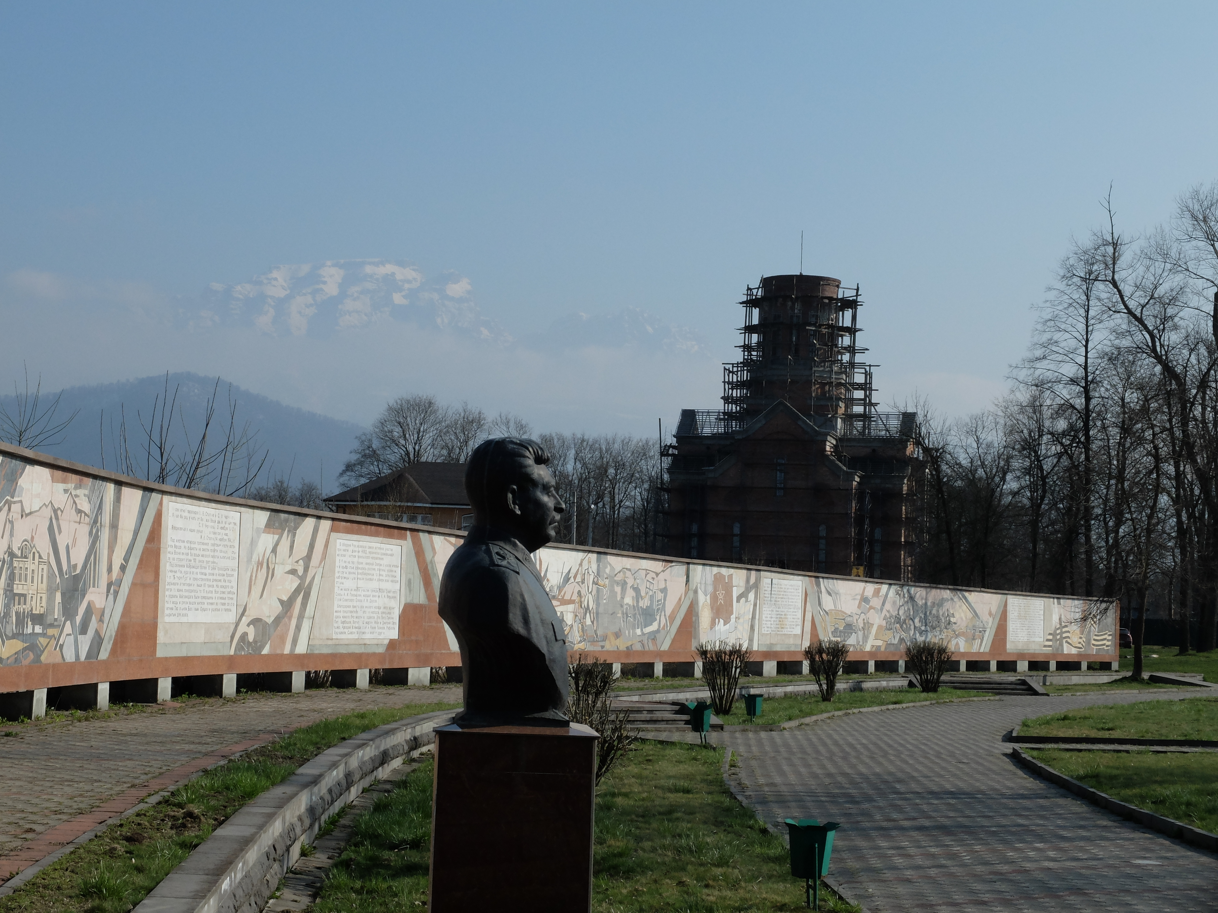 stalin-monument
