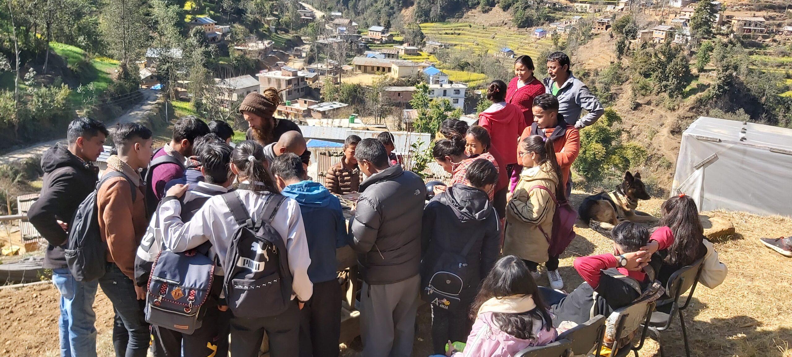 charlie-baba-larisa-ferma-nepal