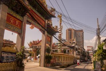 Каучсёрфинг по-тайски: ледибои, буддистские храмы и Новый год с локалами