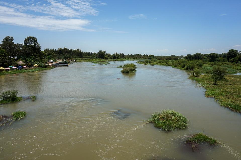 bahr-dar-efiopia-goluboy-nil