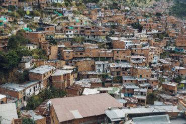 Медельин: как появились и развивались криминальные гетто мировой кокаиновой столицы XX века