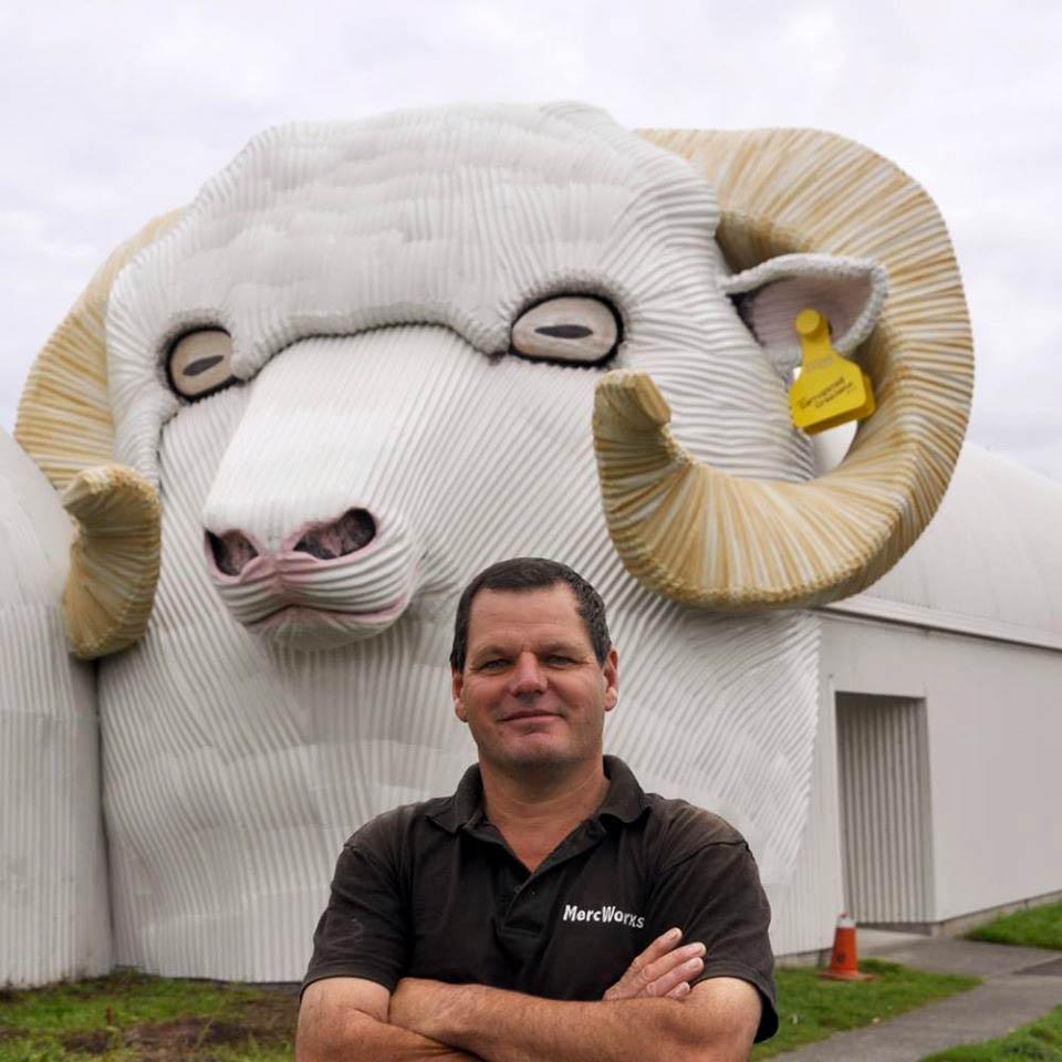 ovca-tirau