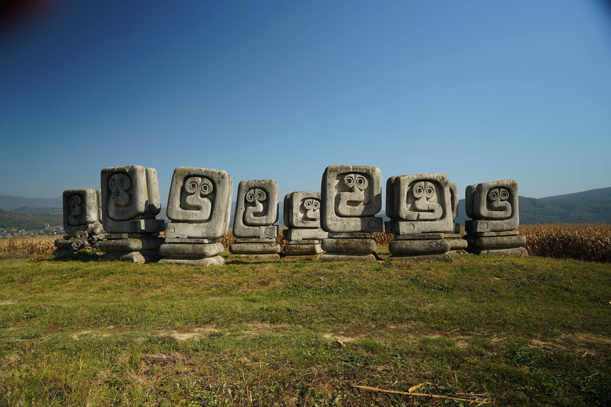 ugoslavskie-spomeniki