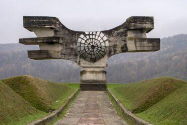 Споменики: забытые памятники Югославии (ФОТО)