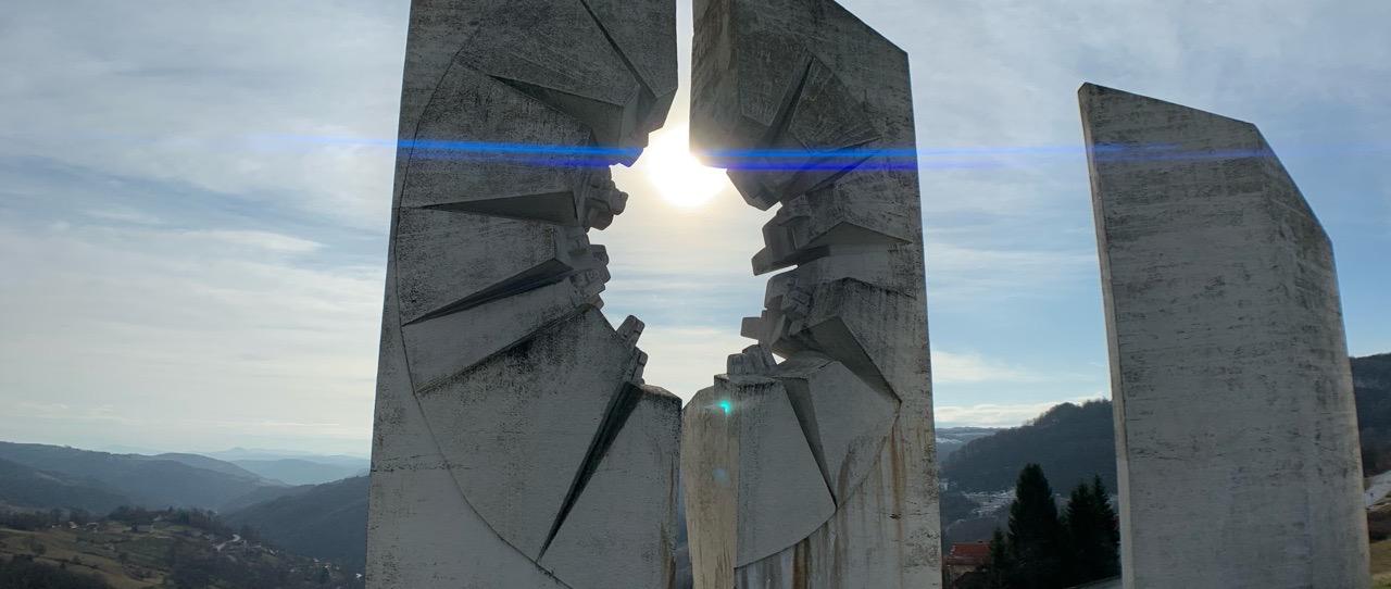 spomenik-park-kadinjaca