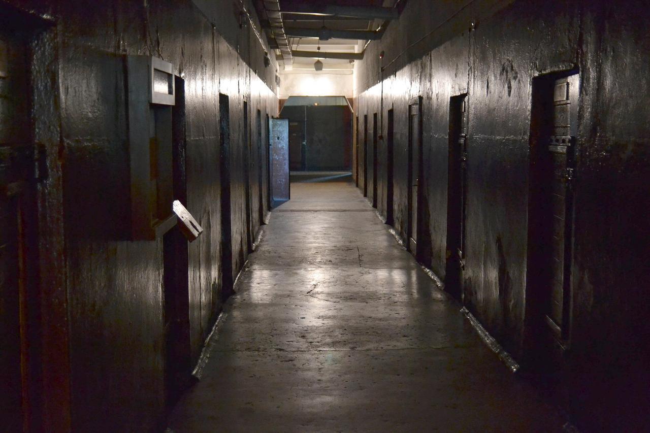 neobichnie-hosteli-Karosta-Prison-neobichnie-hosteli