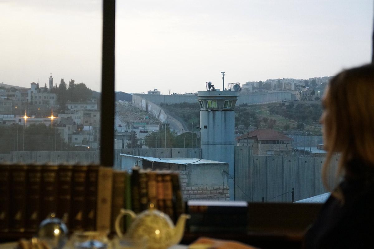 view-walledoffhotel